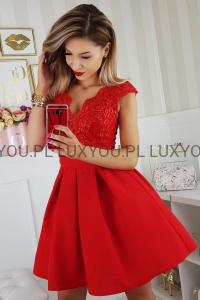 bc504b901707 Bicotone sukienka wieczorowa mini koronkowa czerwona motylek
