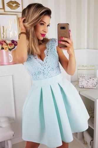 efc110d9574205 Bico sukienka wieczorowa mini koronkowa miętowa kokarda
