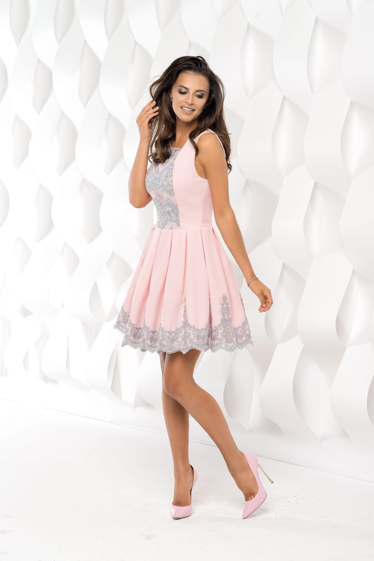 52a539a121 Bicotone sukienka mini koronkowa rozkloszowana
