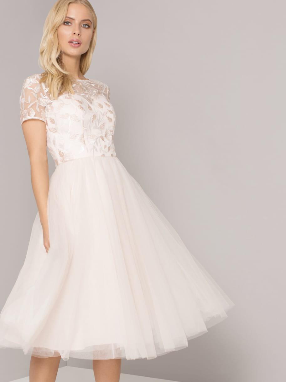 10597b8d Chi Chi London ERISSA sukienka wieczorowa midi tiul